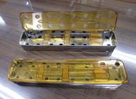 滅菌可能な手術用マイクロ剪刀収納容器